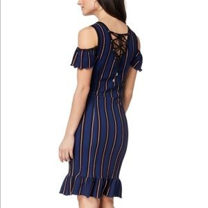 {XOXO}Womens Cold Shoulder Striped Bodycon Dress